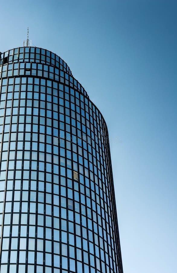 Torre de vidro de Cibona em Zagreb imagens de stock