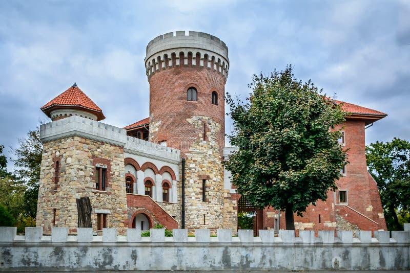 Torre de vigia e parte de uma guarnição Vista horizontal do restaurado imagem de stock