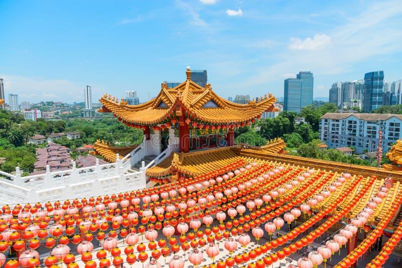 Torre decorativa de Colorfull en chineseTemple tradicional foto de archivo