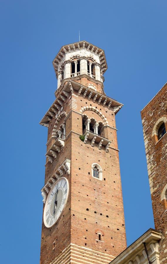 Torre dei Lamberti塔 库存图片