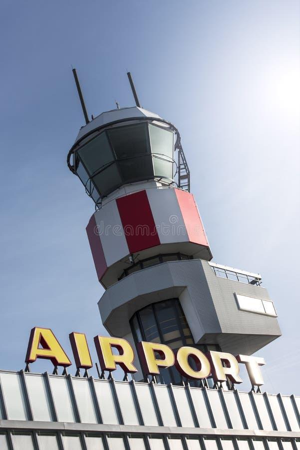 Torre del aeropuerto de Rotterdam Zestienhoven imagen de archivo libre de regalías