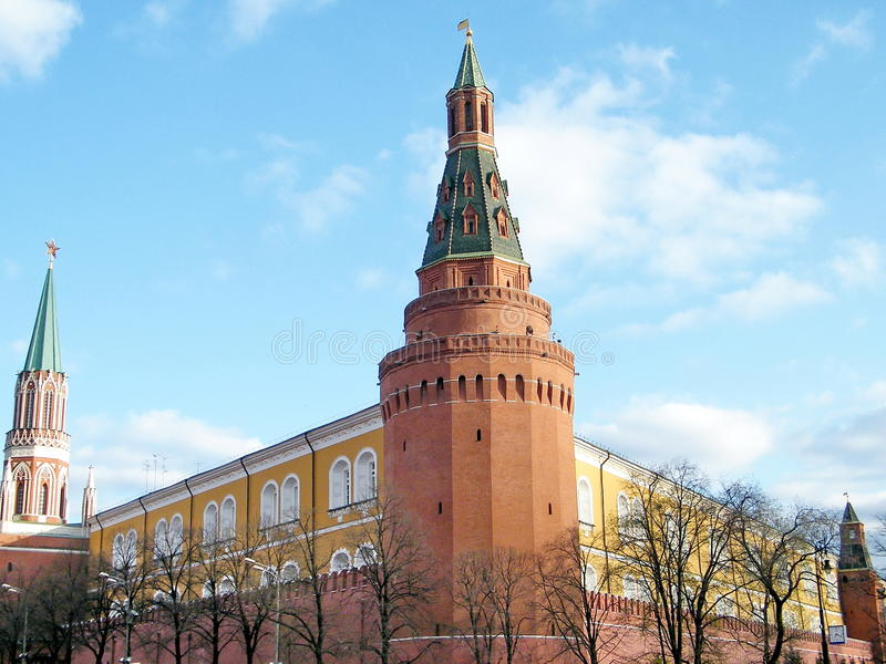 Torre 2011 del arsenal de la esquina de Moscú el Kremlin imagenes de archivo