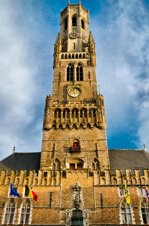 Torre del campanario fotos de archivo