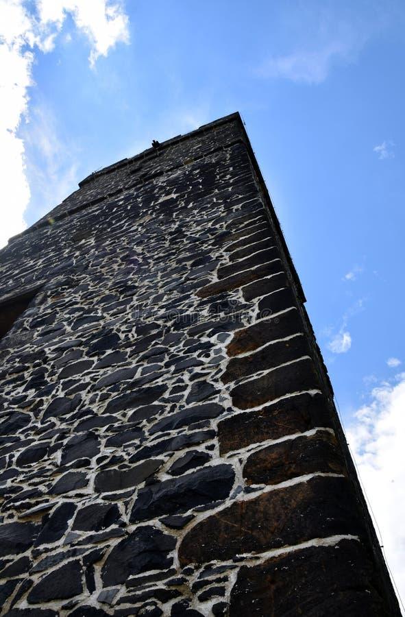 Torre del castillo - Hazmburk fotografía de archivo libre de regalías
