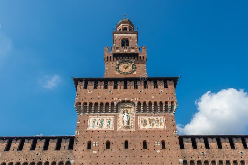 Torre del Filarete, le château de Sforzesco à Milan, Italie photos libres de droits