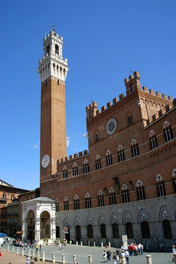 Torre del Mangia em Siena, Italy foto de stock royalty free
