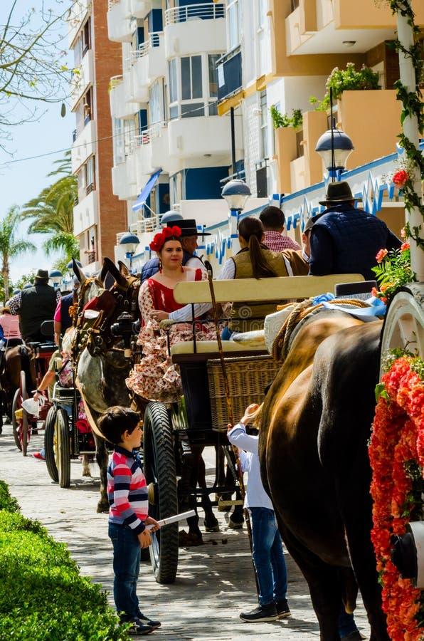 TORRE DEL MAR,西班牙- 2018 4月29日,在海岸的年鉴游行 免版税库存照片