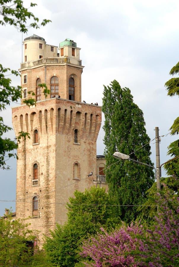 Torre del observatorio o el diablo en Padua en Véneto (Italia) fotos de archivo libres de regalías