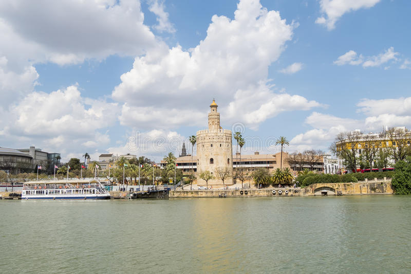 Torre del Oro, de rivier van Sevilla, Guadalquivir, Toren van goud, Sevil royalty-vrije stock fotografie