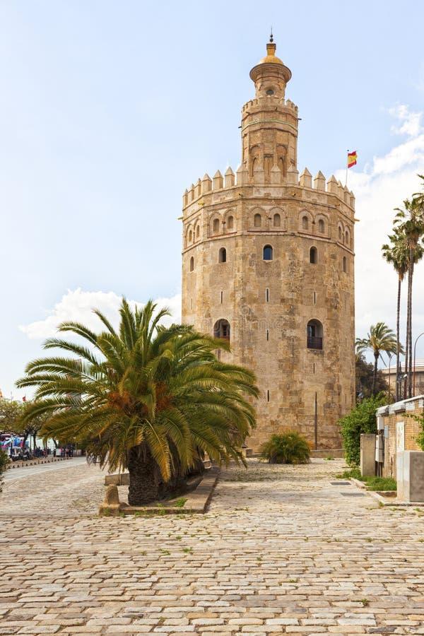Torre del Oro, forntida fyr på Sevilla arkivfoto