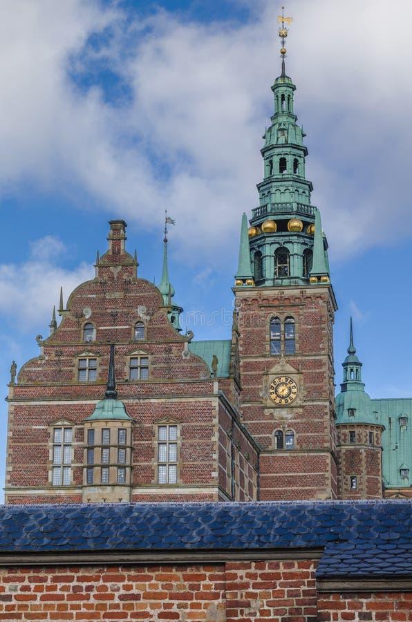 Torre del palacio de Frederiksborg, Dinamarca foto de archivo libre de regalías