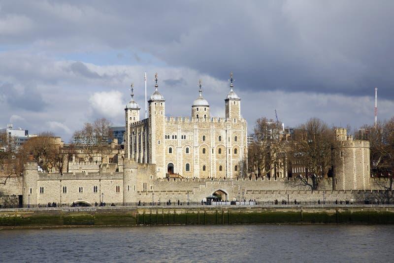 Torre del portone dei traditori e di Londra immagine stock