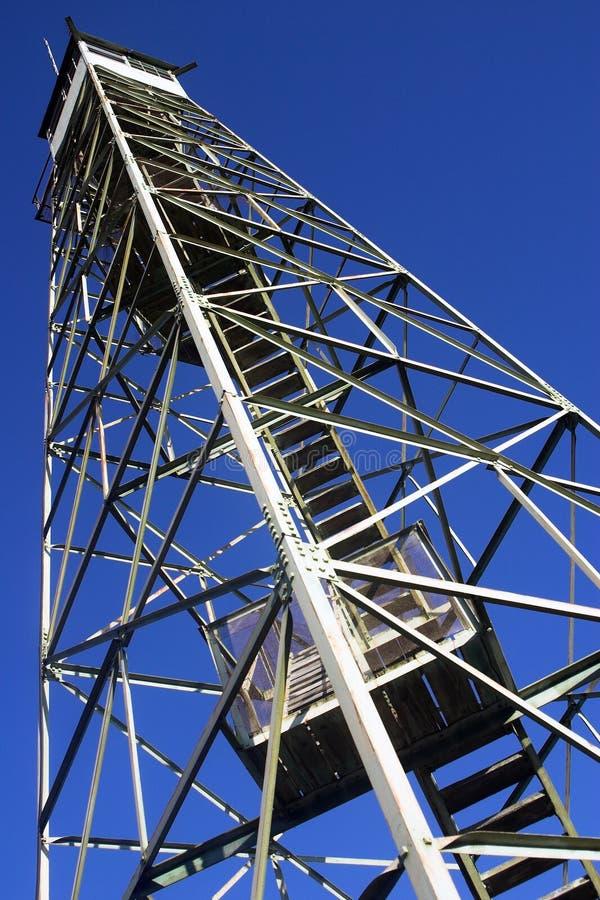 Download Torre Del Puesto De Observación Del Fuego Imagen de archivo - Imagen de fuego, cielo: 1291281