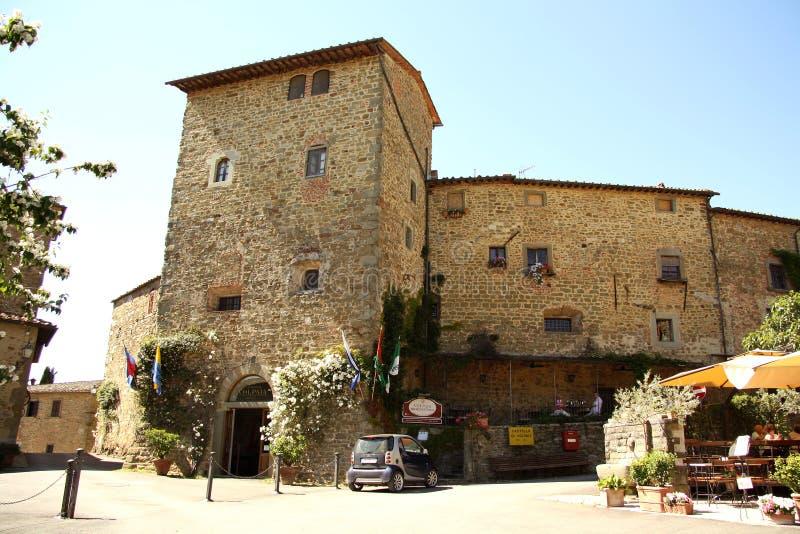 Torre del quadrato principale in Volpaia (Toscana, Italia) fotografia stock libera da diritti