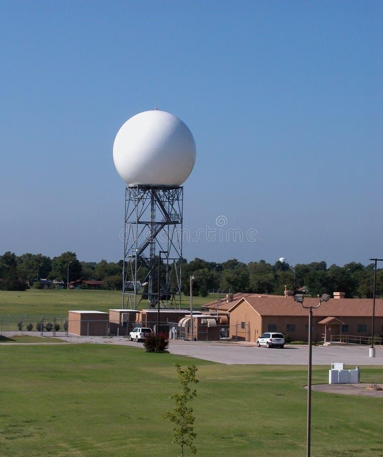 Torre del radar de Doppler foto de archivo