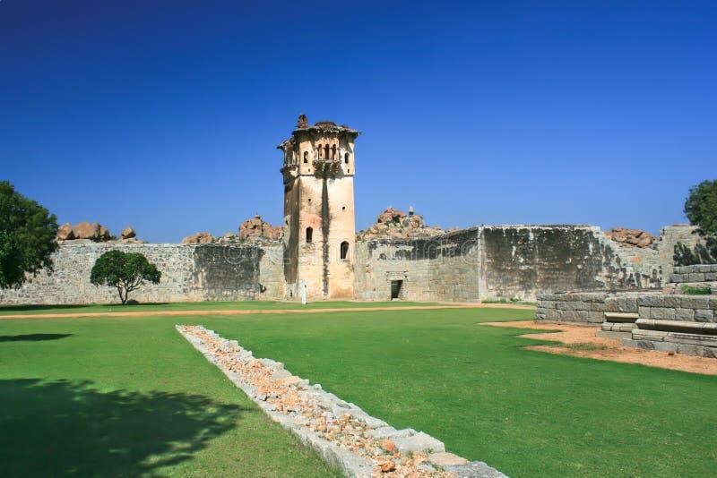Torre del reloj en Hampi, Karnataka imágenes de archivo libres de regalías
