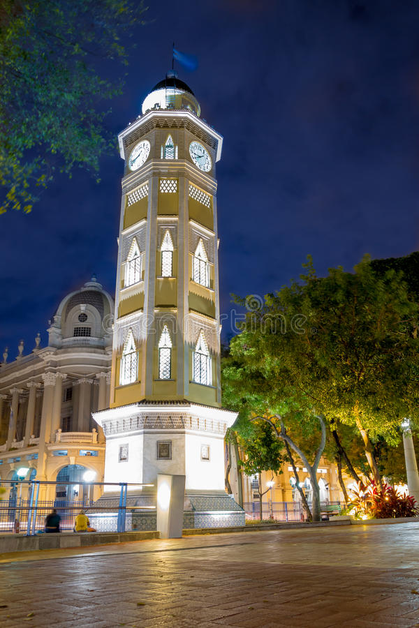 Torre del reloj Guayaquil, Ecuador Malecon 2000 arkivbild