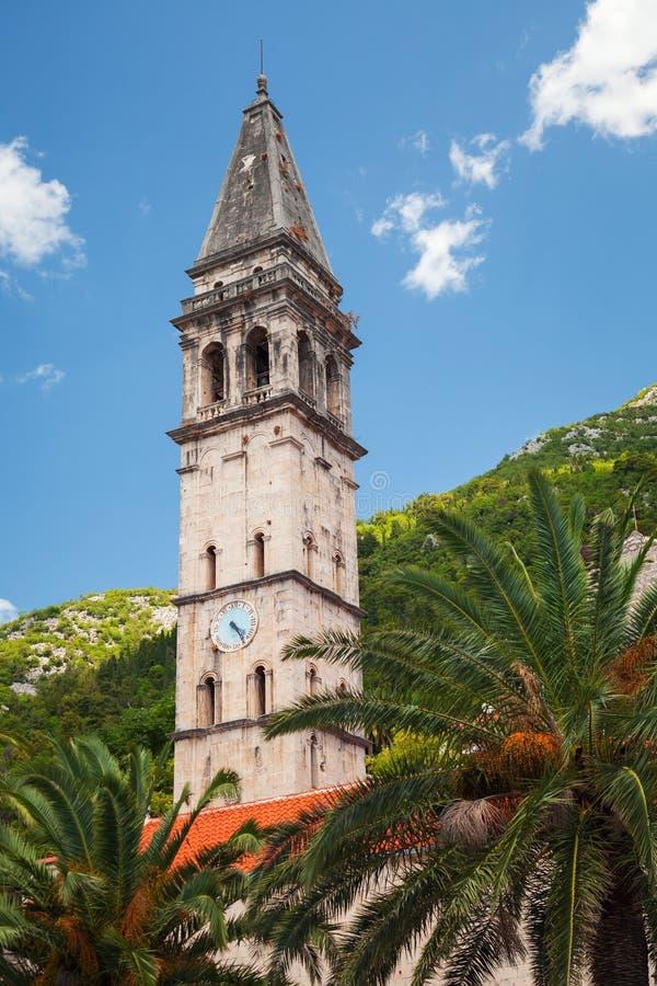 Torre del St. Nicholas Church en Perast, Montenegro imagen de archivo