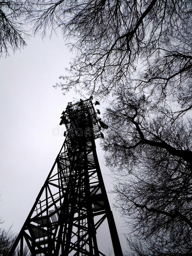 Torre del teléfono celular fotografía de archivo