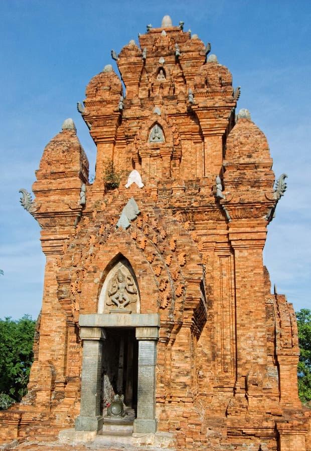 Torre del tempio di Cham nel Vietnam fotografie stock libere da diritti