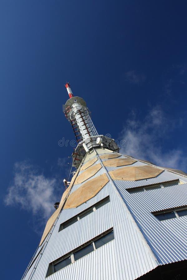 Torre del transmisor de la TV imágenes de archivo libres de regalías