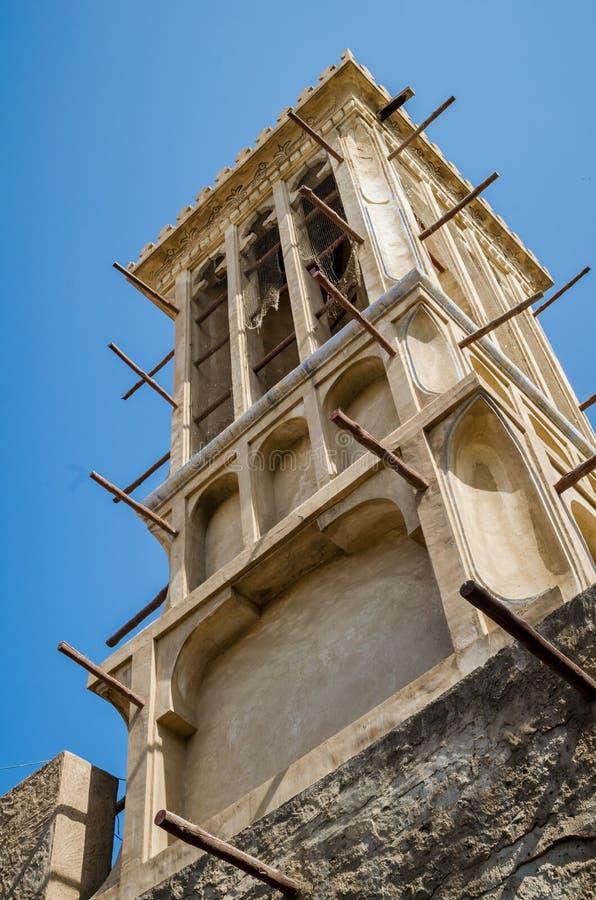 Torre del vento nella vecchia vicinanza del Dubai Bastakiya fotografia stock