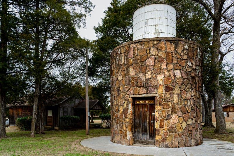 Torre dell'acqua nella capanna di Sequoyah fotografie stock
