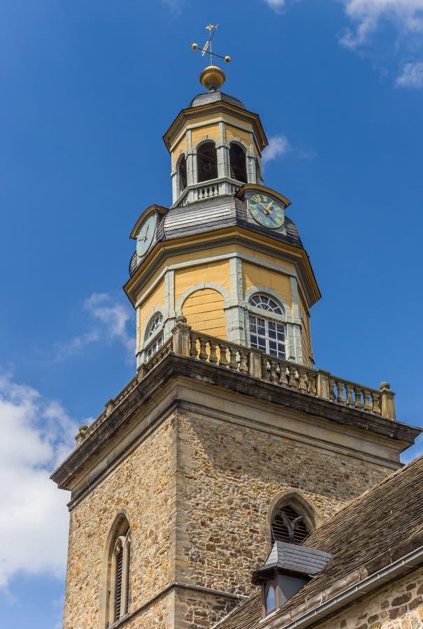 Torre della chiesa della st Nicolai in Rinteln immagine stock libera da diritti