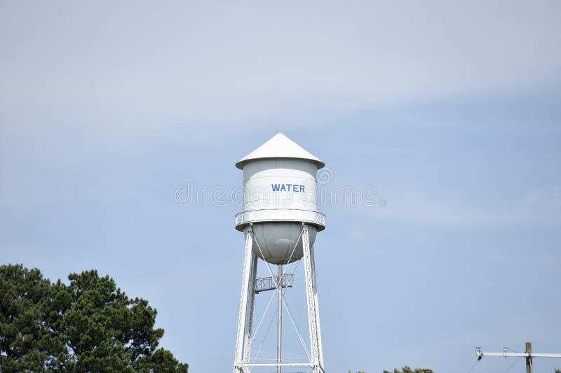 Torre della riserva di acqua potabile della città dell'acqua potabile immagine stock