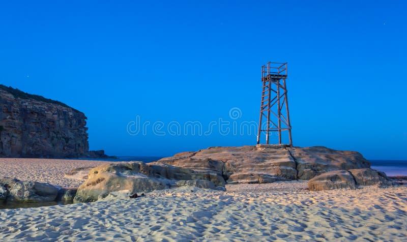 Torre dello squalo della spiaggia della testarossa - NSW Australia fotografia stock