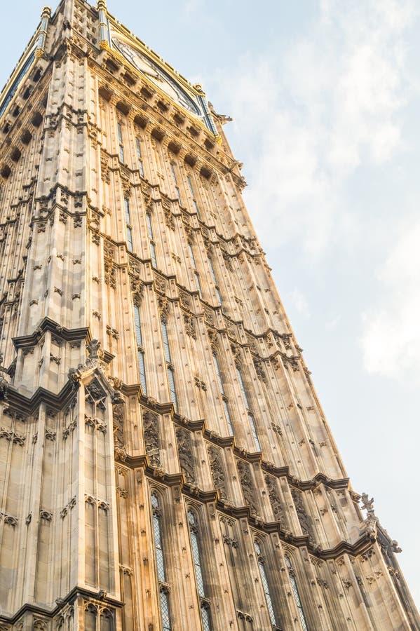 Torre di Big Ben a Londra con cielo blu Regno Unito Inghilterra fotografia stock