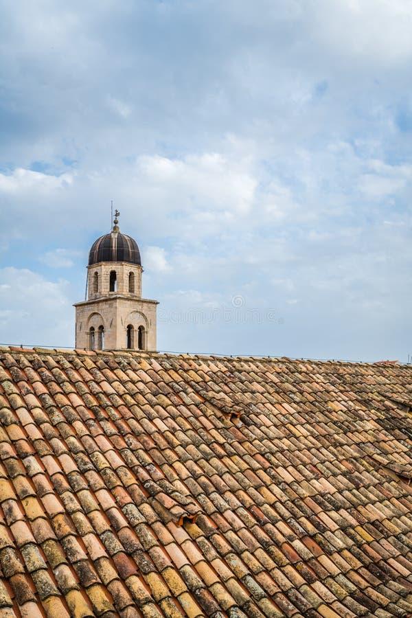 Torre di chiesa domenicana in Ragusa immagine stock libera da diritti