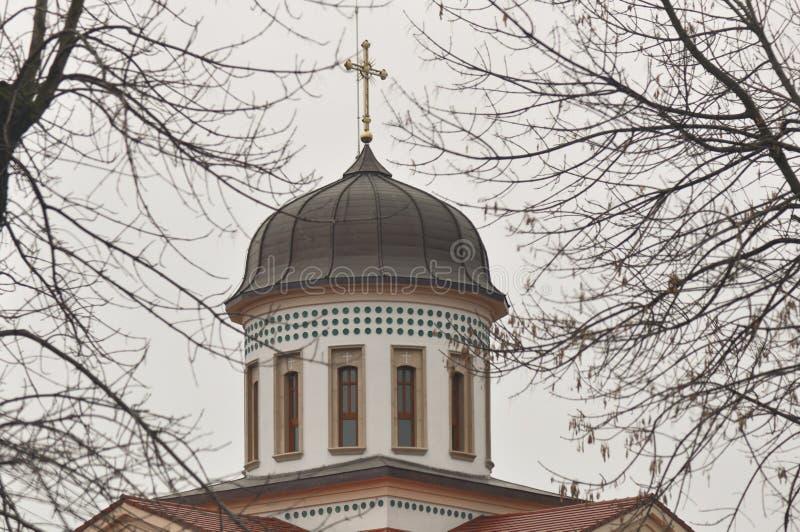 Torre di chiesa ortodossa rumena fotografie stock libere da diritti
