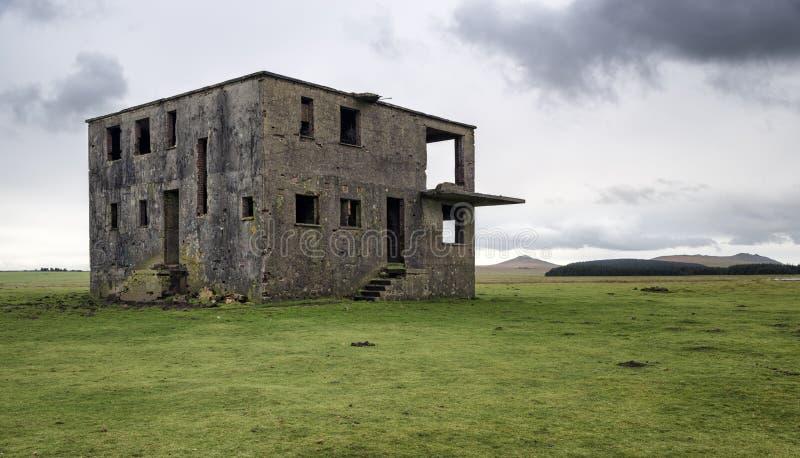 Torre di controllo abbandonata immagine stock libera da diritti