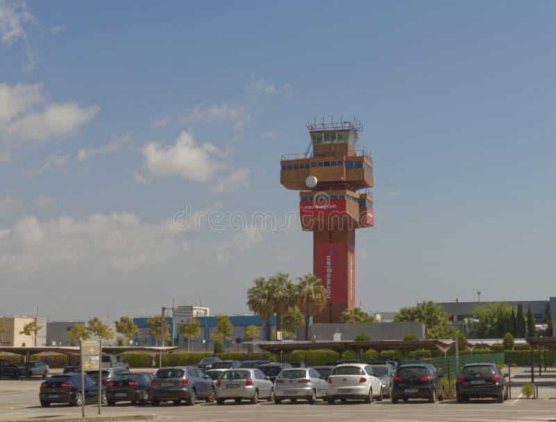 Torre di controllo, aeroporto del prat di EL di Barcellona immagini stock libere da diritti