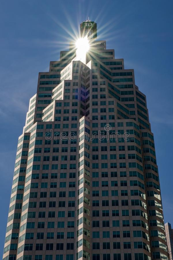 Torre di fiducia del TD Canada con lo sprazzo di sole fotografie stock libere da diritti