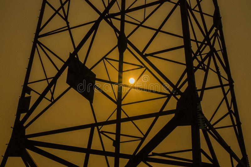 Torre di griglia di potere fotografie stock libere da diritti