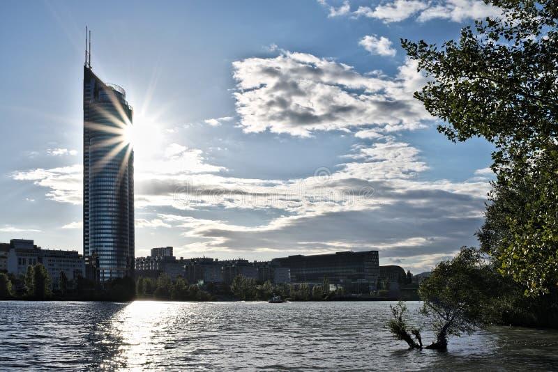 Torre di millennio fotografie stock libere da diritti
