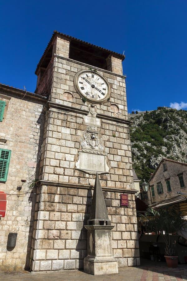Torre di orologio al quadrato Cattaro, Montenegro dell'arsenale immagini stock libere da diritti