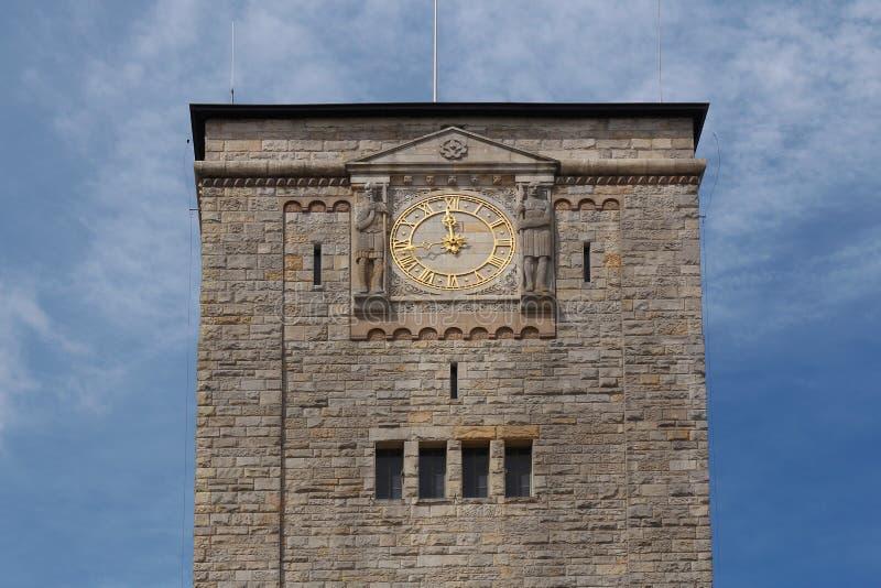 Torre di orologio del castello imperiale a Poznan, Polonia fotografia stock