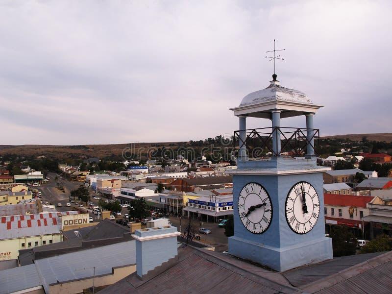 Torre di orologio sul tetto del museo dell'osservatorio in Grahamstown, Sudafrica fotografie stock
