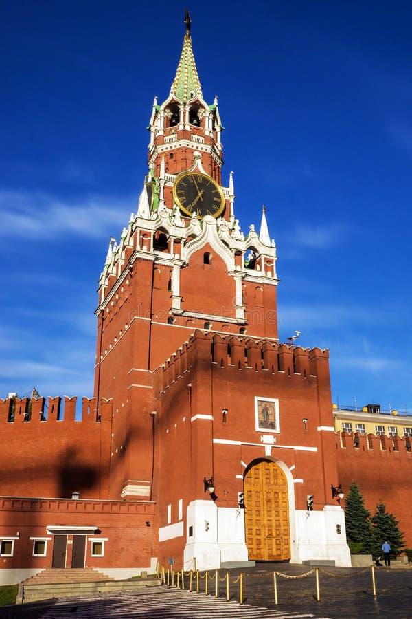 Torre di Spasskaya sul quadrato rosso, Mosca, Russia immagine stock libera da diritti