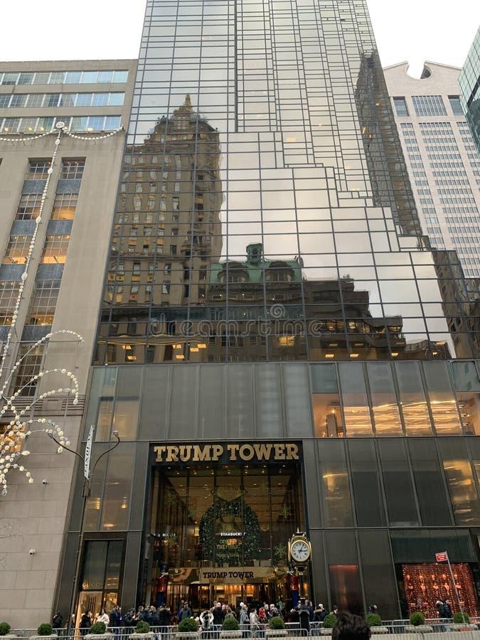 Torre di Trump fuori fotografie stock