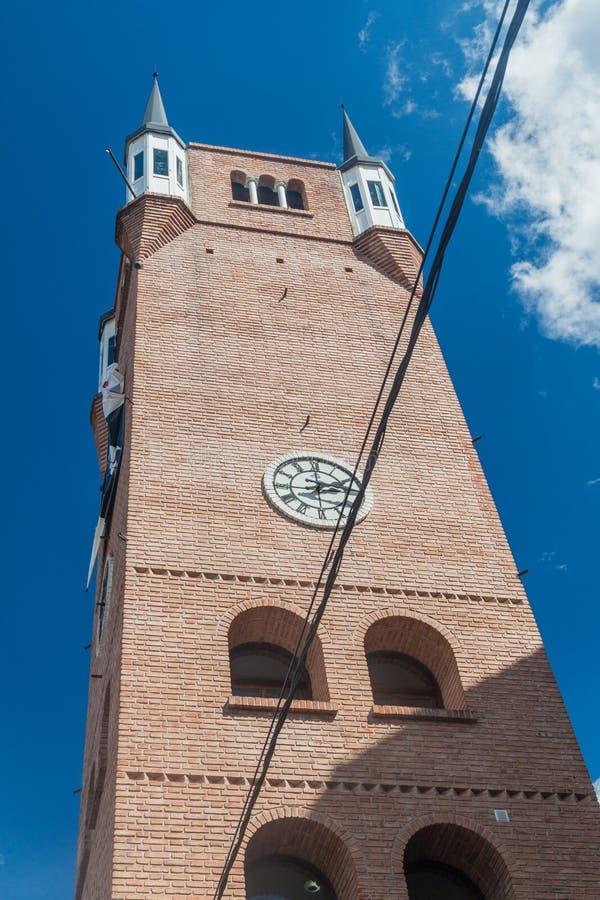 Torre di un municipio in villa General Belgrano, Argentina Il villaggio ora serve da attractio turistico disegnato la Germania fotografia stock