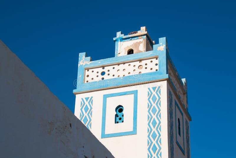Torre di una moschea in Sidi Ifni, Marocco immagini stock libere da diritti