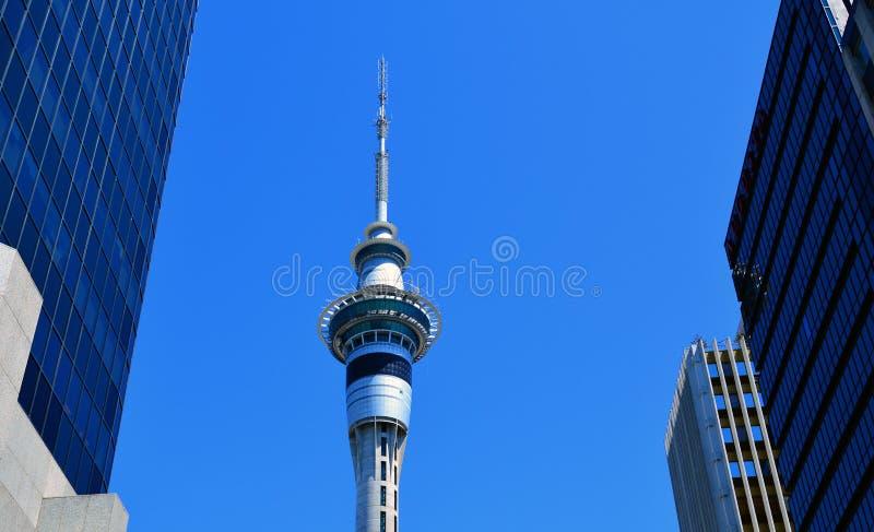 Torre do céu em Auckland Nova Zelândia imagens de stock