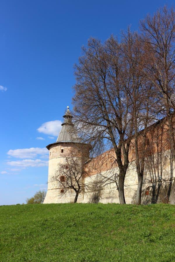 Torre do canto da sentinela no Kremlin de Zaraysk imagens de stock