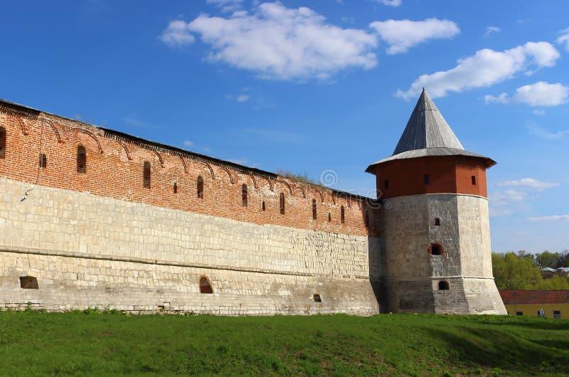 Torre do canto do esconderijo no Kremlin de Zaraysk fotografia de stock royalty free