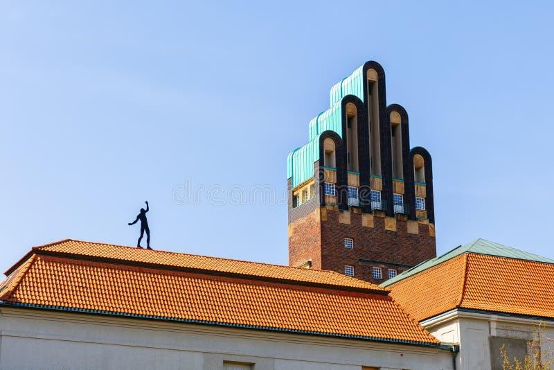 Torre do casamento no Mathildenhoehe em Darmstadt, Alemanha imagens de stock royalty free