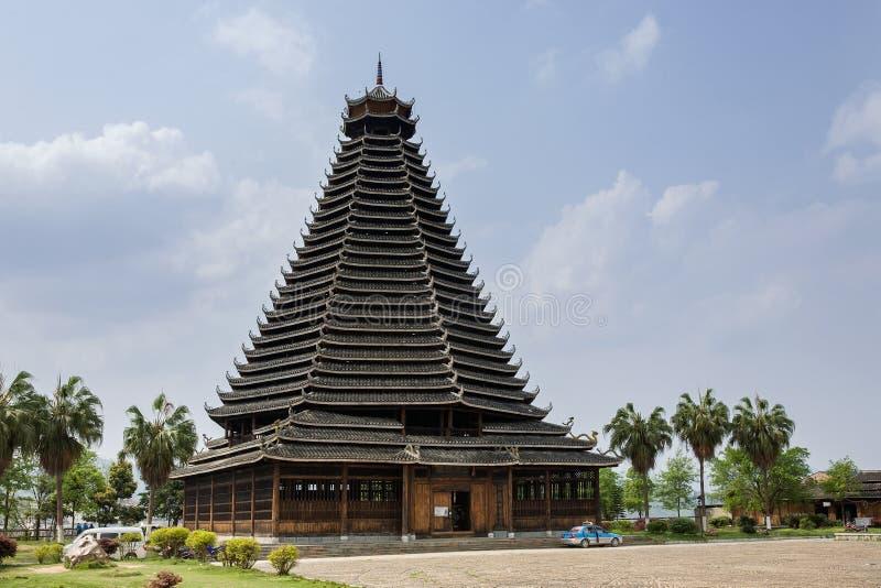 Torre do cilindro de Sanjiang, arquitetura étnica do dong, China imagens de stock